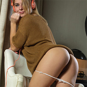 Yelena Sound Of Music Met Art
