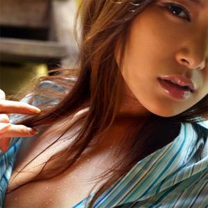 Yua Aida Petite Asian