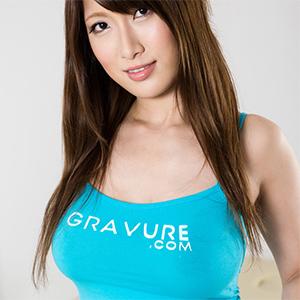 Yume Mitsuki Sensual Nude Massage for Gravure