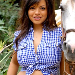 Yurizan Cute Cowgirl