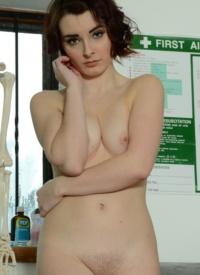 Noelle easton nude pics