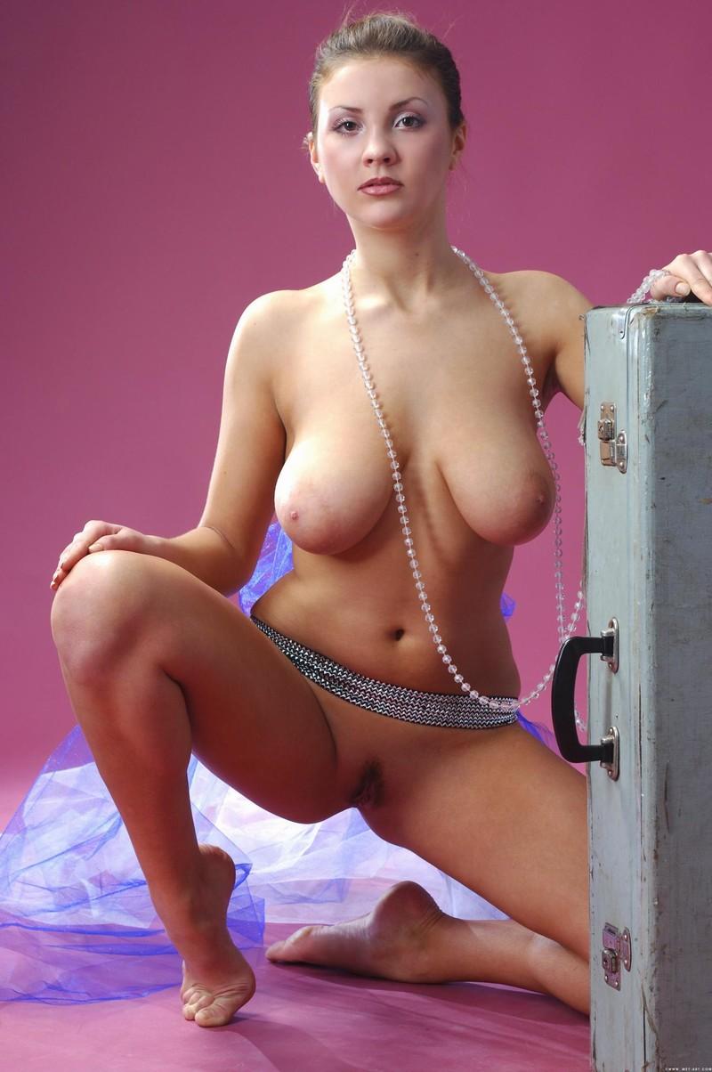 Busty Belly Dancer Nude - Sex Porn Images