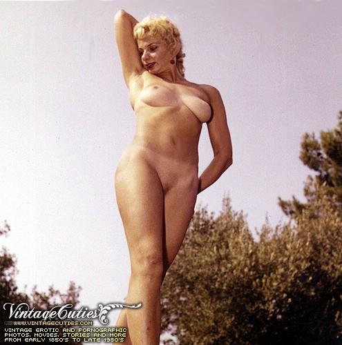 Www vintagecuties com