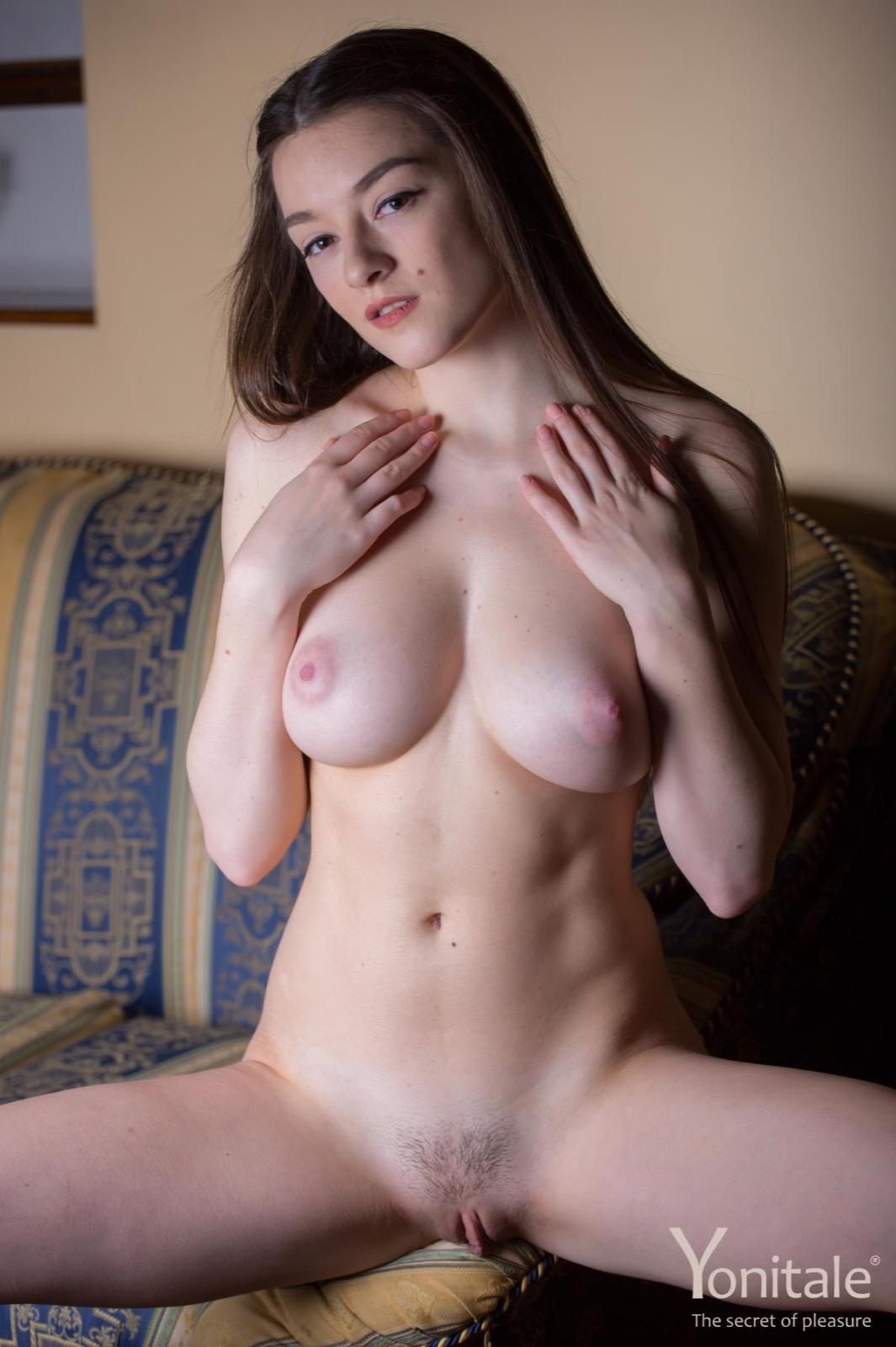 Monica leigh nude pics