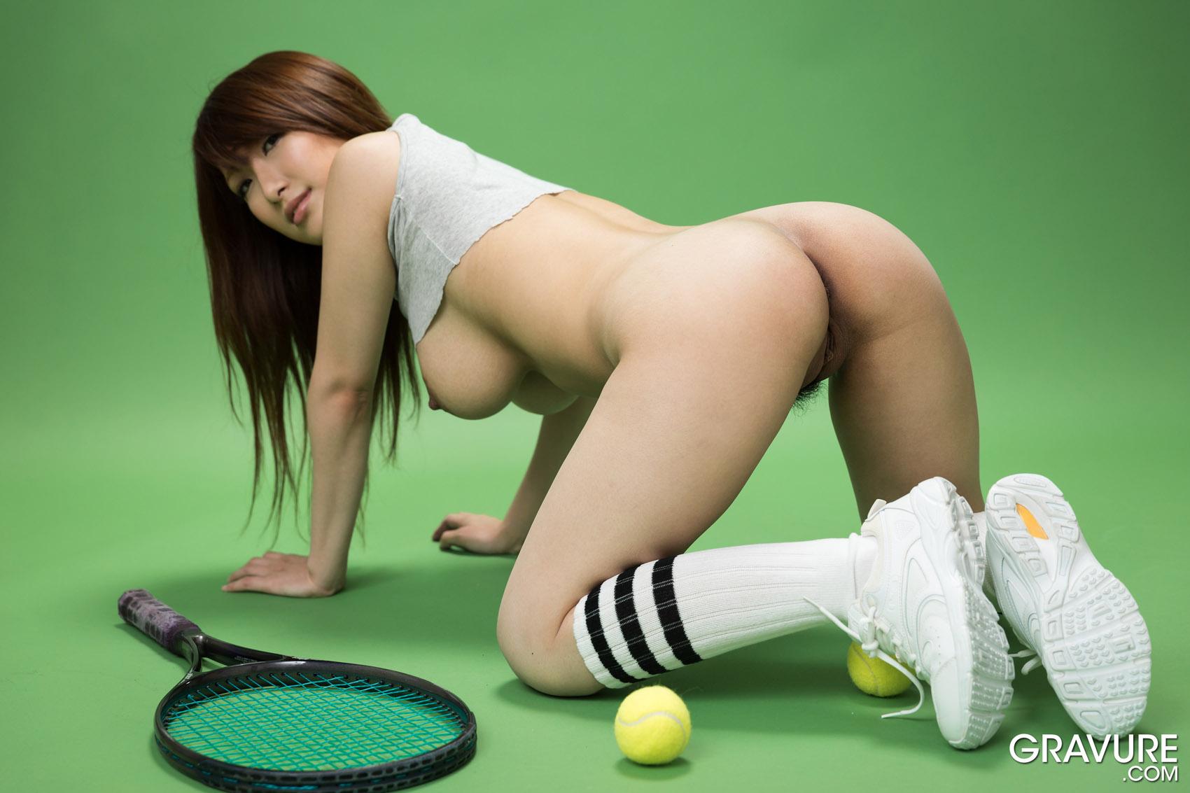 beautiful nude asian tennis players